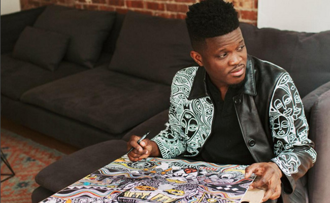 Laolu-Senbanjo-Sketching-Ideas-for-Nike-in-New-York-Africa-Fashion